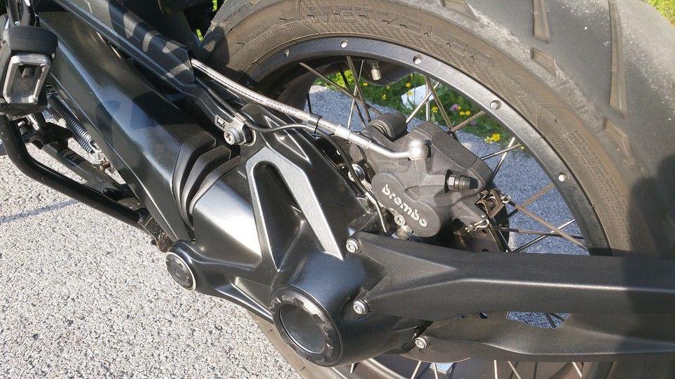 moto BMW 1200 GS paralever