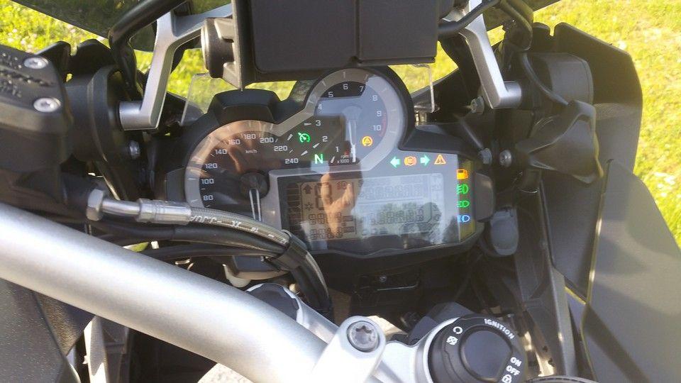 moto BMW 1200 GS tableau de bord