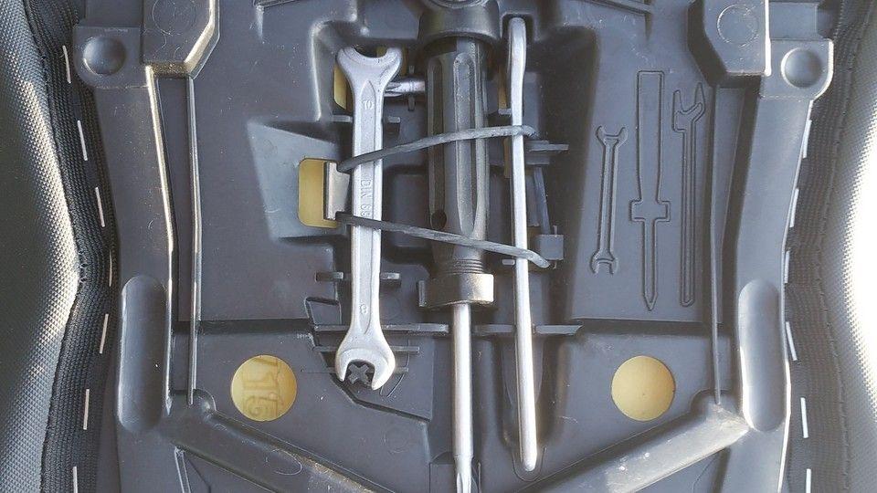 moto BMW 1200 GS outils