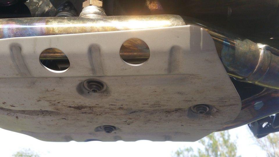 moto BMW 1200 GS sabot moteur et échappement