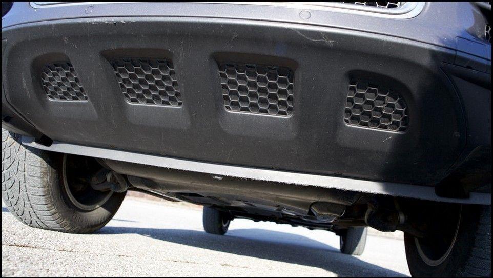 Volkswagen Touareg bas de caisse avant