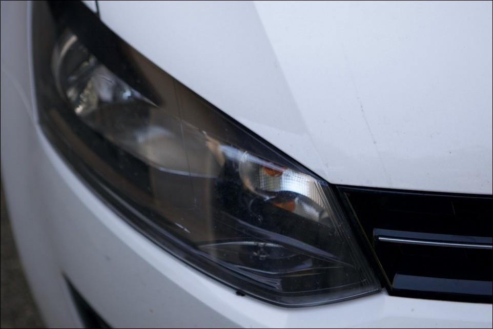Volkswagen Polo phare avant droit