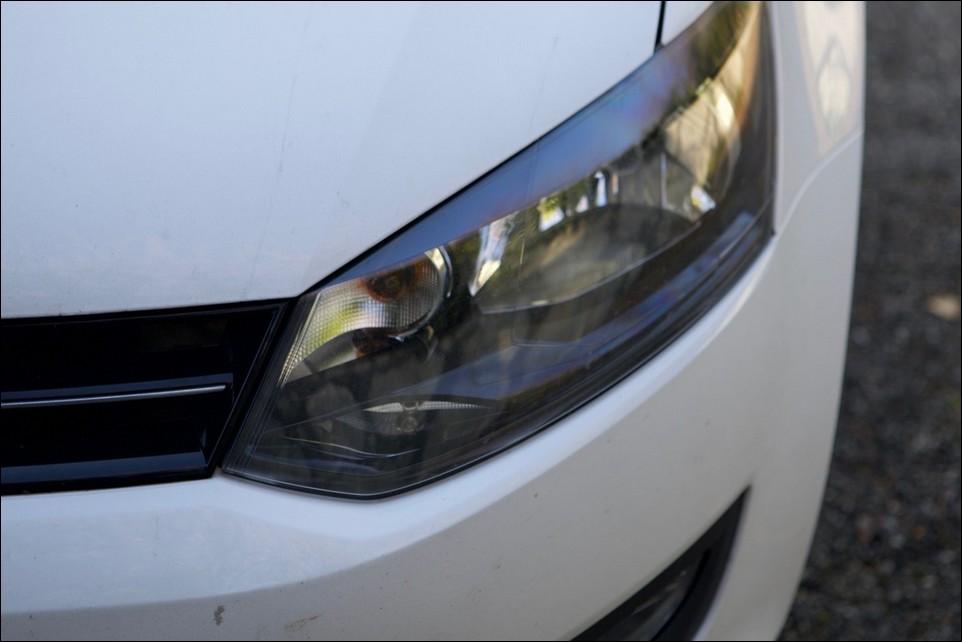 Volkswagen Polo phare avant gauche